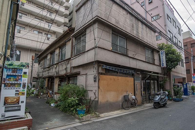 記憶の残像-683 東京都台東区 懐かしい家並みがぽつりぽつり_f0215695_18171690.jpg