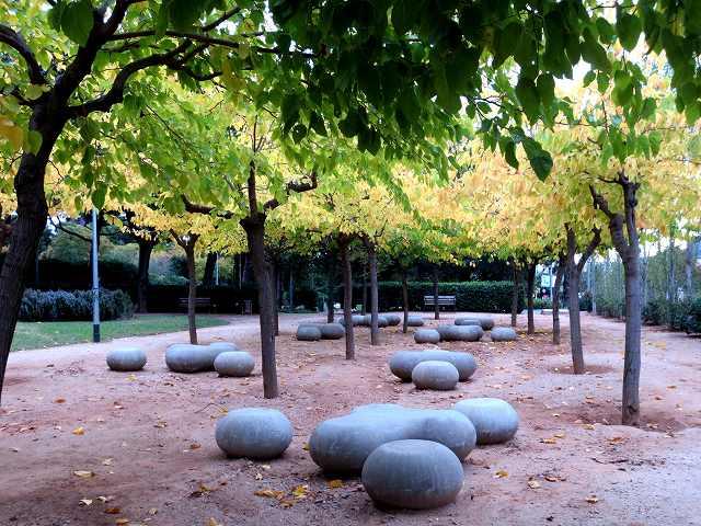 セルバンテス公園の黄_b0064411_05245922.jpg