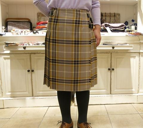 2014年 3個ベルトキルトスカートです。_c0227633_12502681.jpg