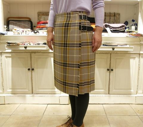 2014年 3個ベルトキルトスカートです。_c0227633_12505352.jpg
