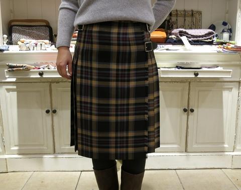 2014年 3個ベルトキルトスカートです。_c0227633_12524964.jpg