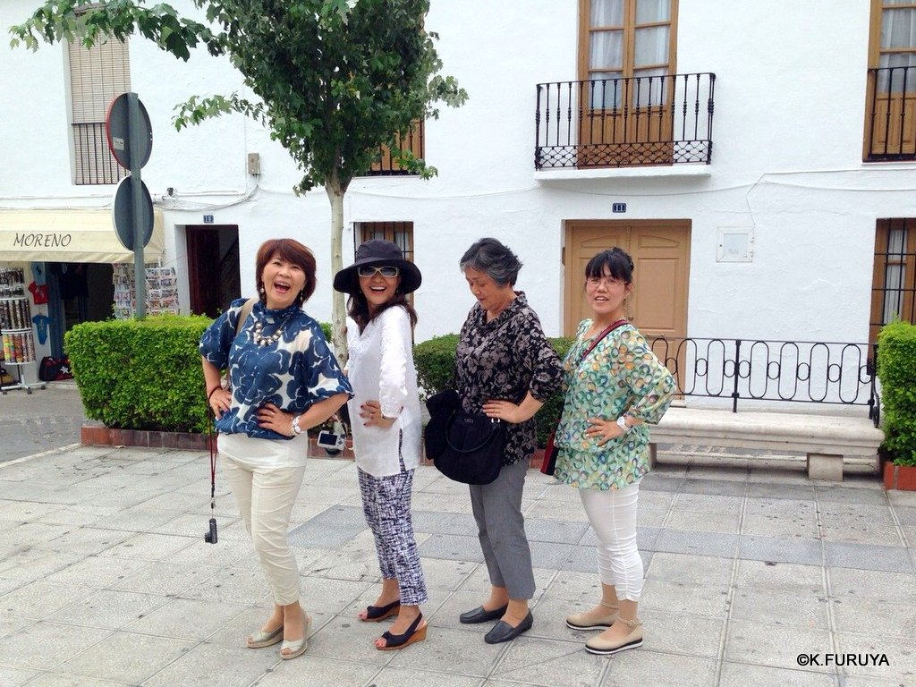 スペイン旅行記 15   白い村  ミハス_a0092659_19554220.jpg