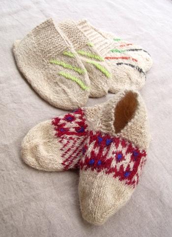 イランのおばあちゃんの手編み靴下 WOOL_d0156336_17343540.jpg