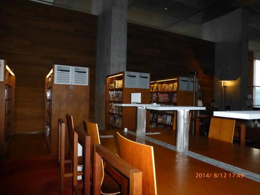 国立ミッテラン図書館へ_d0263859_19252263.jpg