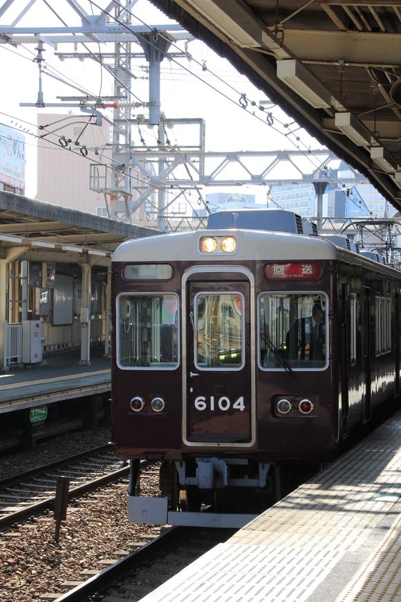 阪急6004F 車両回送 _d0202264_17362812.jpg