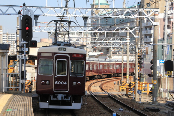 阪急6004F 車両回送 _d0202264_1737178.jpg