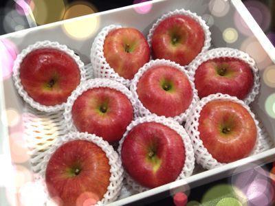毎日ボウルさんと、幻のりんご!_d0162684_8585332.jpg