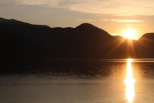 家族旅行2014年08月-北米-イエローストーン・グランドティトン-第五日目-ジャクソンレイクの夕暮れとロッジ_c0153302_15211301.jpg