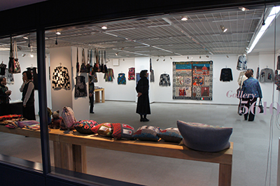 「石井麻子 秋のニットアート展」開催中です_f0171840_1225045.jpg
