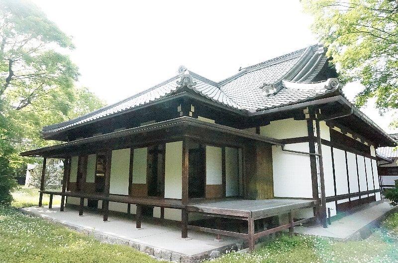 京都御苑の閑院宮邸跡_c0112559_8561260.jpg