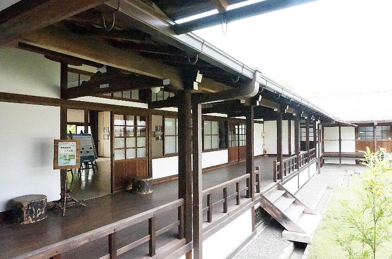 京都御苑の閑院宮邸跡_c0112559_8575548.jpg