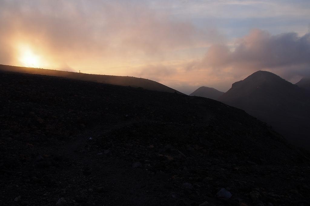 風不死岳と樽前山、11月11日-樽前山編-_f0138096_1359273.jpg