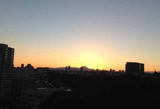 綺麗な夕日と富士山に。~美しいものをいっぱい感じると・・・^^~_b0298740_19581281.jpg