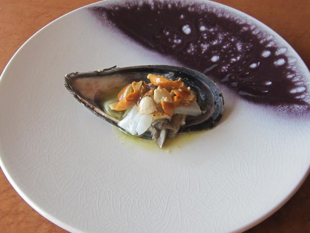 11月の料理「瀬戸貝とイカ」_d0177560_227507.jpg