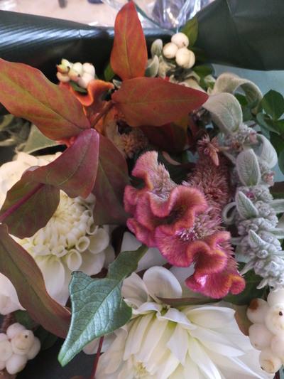 オークリーフ花の教室(落合さんと北条さんの作品)_f0049672_17425366.jpg
