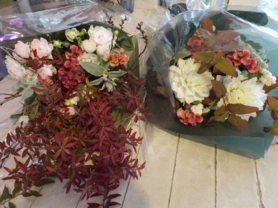 オークリーフ花の教室(落合さんと北条さんの作品)_f0049672_1743053.jpg