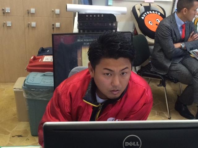 11月14日 金曜日 店長のニコニコブログ!!_b0127002_22232381.jpg