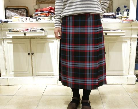 オニールオブダブリン75cmとのキルトスカートです。_c0227633_1225066.jpg