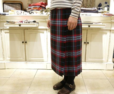 オニールオブダブリン75cmとのキルトスカートです。_c0227633_12251366.jpg
