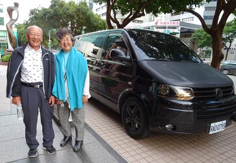 車をチャーターして「九份」へゴー!!台北の旅 その11_b0051666_0435083.jpg
