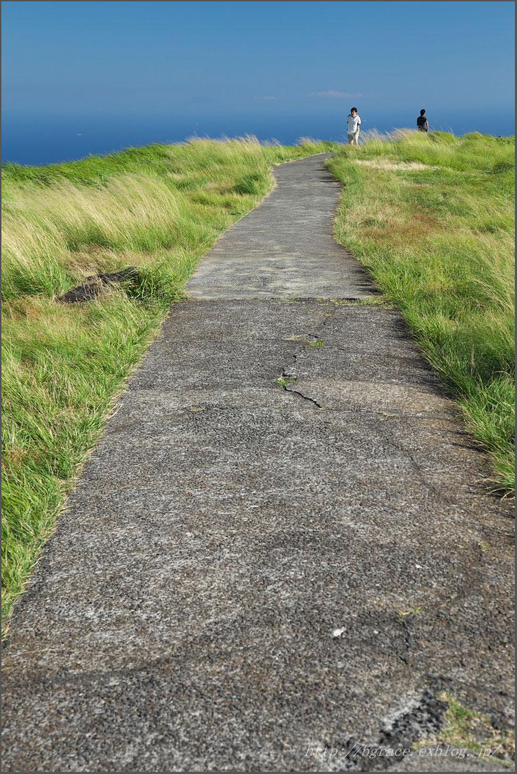 八月の旅2014 / 風の吹く丘にて_b0191074_8345838.jpg