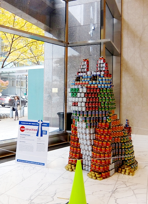 缶詰アートの展示会 22nd Annual Canstruction New York Competition_b0007805_235024100.jpg