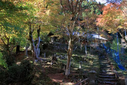 14紅葉めぐり8 京見峠から杉坂地蔵院へ_e0048413_19512862.jpg