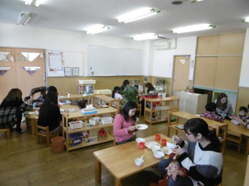0歳児参観・食事会_f0345154_17101604.jpg