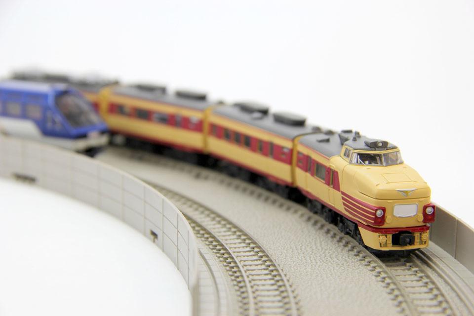 デザインしました→Bトレインショーティー485系国鉄特急色_c0166765_01201022.jpg