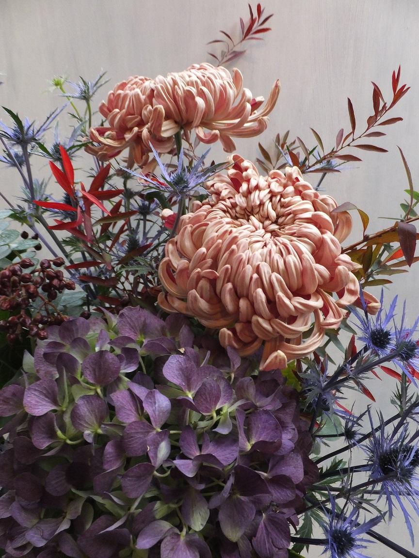オークリーフ(菊のアレンジメント)_f0049672_1729819.jpg