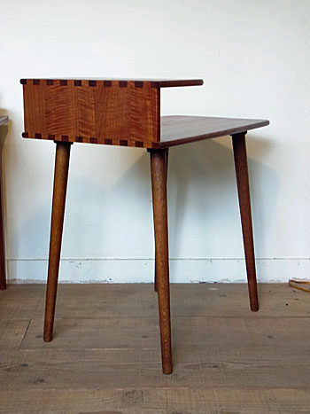 side table(Kurt Ostrvig)_c0139773_1561238.jpg