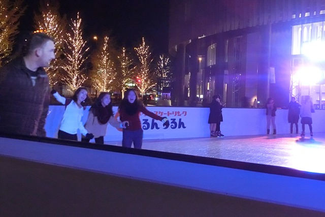 今、大阪が面白いクリスマスの可愛いお人形たち_d0181492_2044374.jpg