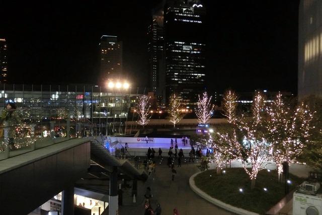 今、大阪が面白いクリスマスの可愛いお人形たち_d0181492_20445331.jpg
