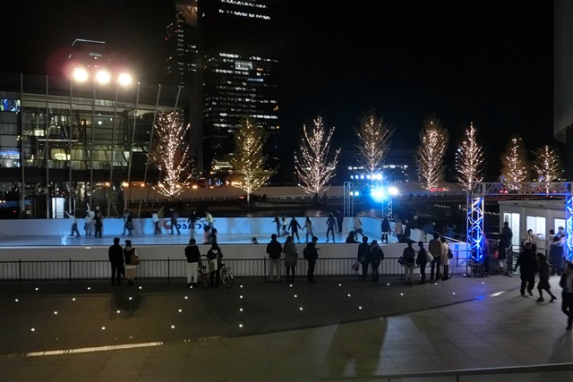 今、大阪が面白いクリスマスの可愛いお人形たち_d0181492_20451040.jpg