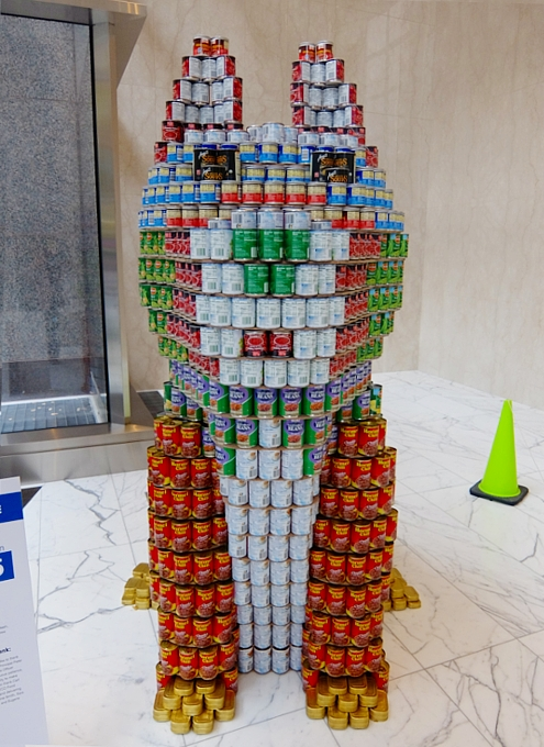 缶詰アートの展示会 22nd Annual Canstruction New York Competition_b0007805_124688.jpg