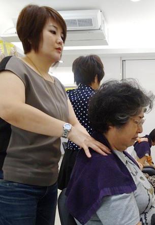 台湾へ行ったら毎日行きたい美容院でシャンプー♪ その13_b0051666_1354370.jpg