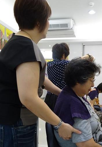 台湾へ行ったら毎日行きたい美容院でシャンプー♪ その13_b0051666_1355444.jpg