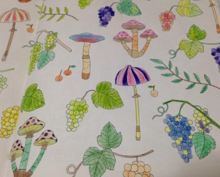 やってみました。Four Seasons かわいいものいっぱいの塗り絵ブック_c0313793_17174881.jpg