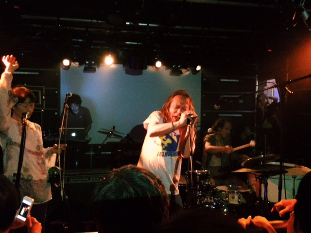 DAMO鈴木 & MAGICAL POWER MAKO IMPROVISATION LIVE in OSAKA !_f0170995_2251568.jpg