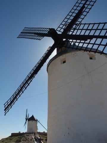 ラ・マンチャの風車_b0199742_2215776.jpg