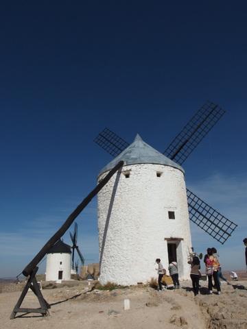 ラ・マンチャの風車_b0199742_2227929.jpg