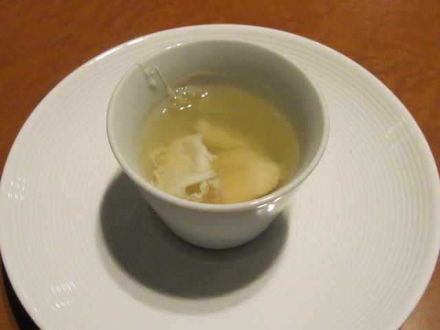 11月の料理「根菜のコンソメ?」_d0177560_21572634.jpg