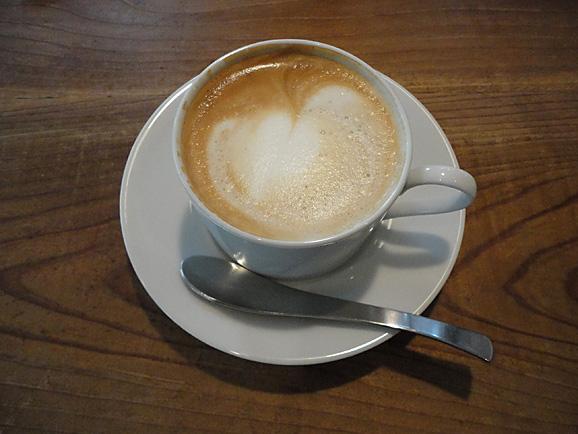 cafe birdbathでティータイム_e0230011_1745156.jpg
