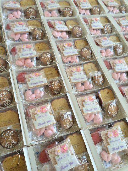 結婚式の引き菓子達。_a0274443_17405081.jpg