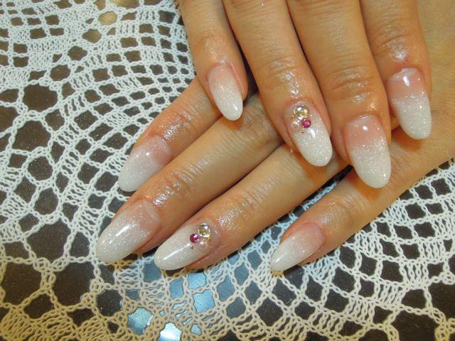 White Nail_a0239065_1218413.jpg