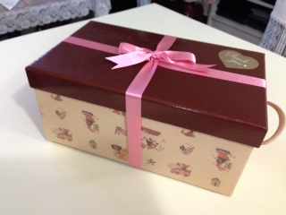 可愛い箱が届き…_f0182167_1641619.jpg