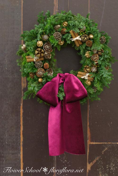 【急遽決定】クリスマスリースキット、お届けします 受付12/15まで fromフラワースタジオフローラフローラ_a0115684_22392602.jpg