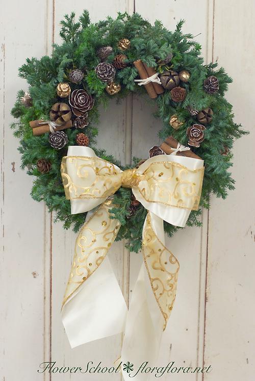 【急遽決定】クリスマスリースキット、お届けします 受付12/15まで fromフラワースタジオフローラフローラ_a0115684_22454673.jpg