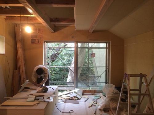 天井・壁の下地が貼られていました!_a0148909_1671392.jpg