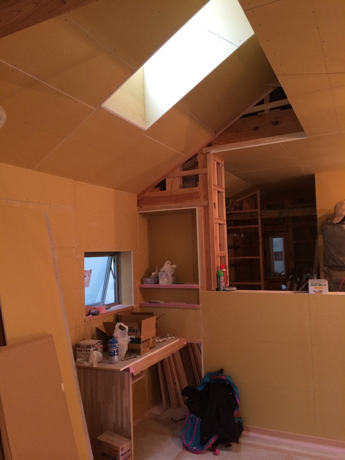 天井・壁の下地が貼られていました!_a0148909_1673766.jpg